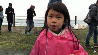 淨灘後5歲女童的話 讓大人都動容了