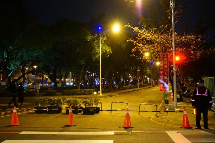 嘉市忠孝路外車道,今天下午起配合藝術大道,成為常態性徒步區。記者林伯驊/攝影