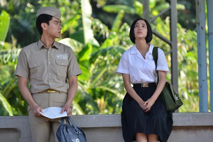 溫貞菱(右)演出「一把青」。圖/公視提供
