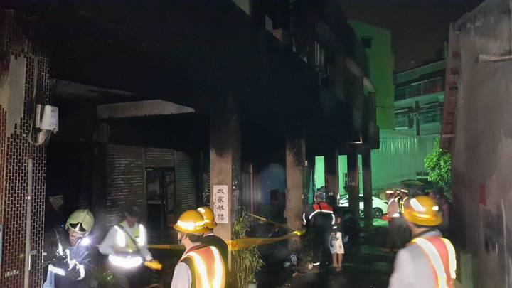 彰化市福山里凌晨發生火警,所幸及時被撲滅。記者林敬家/翻攝