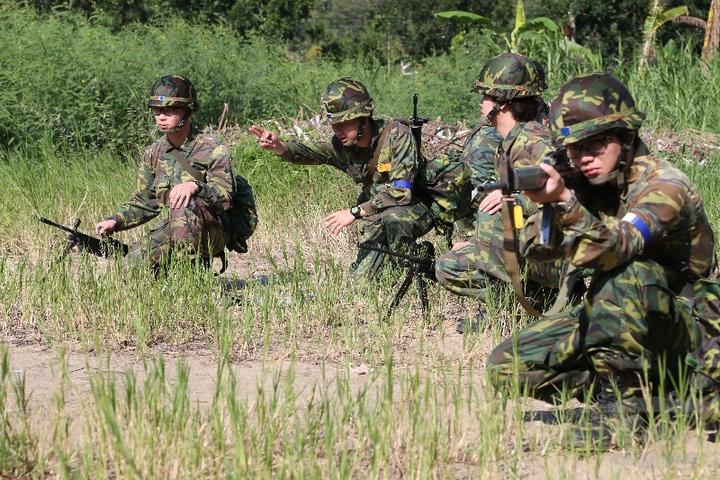 後備軍人參加教育召集,依法在退伍8年內以4次為限,每次不超過20日;目前為兩年一訓,每次5~7天。(軍聞社)