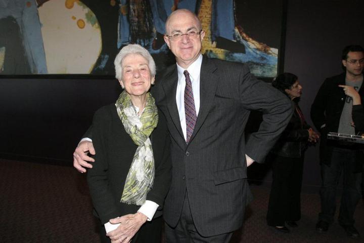 紐約社交名媛名流葳爾瑪·提希(左)說,目前在一家藝廊出售的畢卡索情婦畫像,是從她家偷走的。(Getty Images)