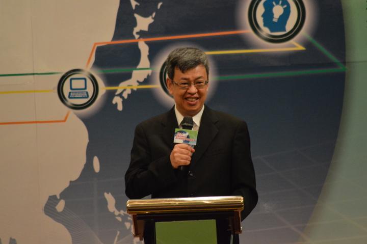 陳建仁表示新政府將不採用過去經濟模式。記者施鴻基/攝影