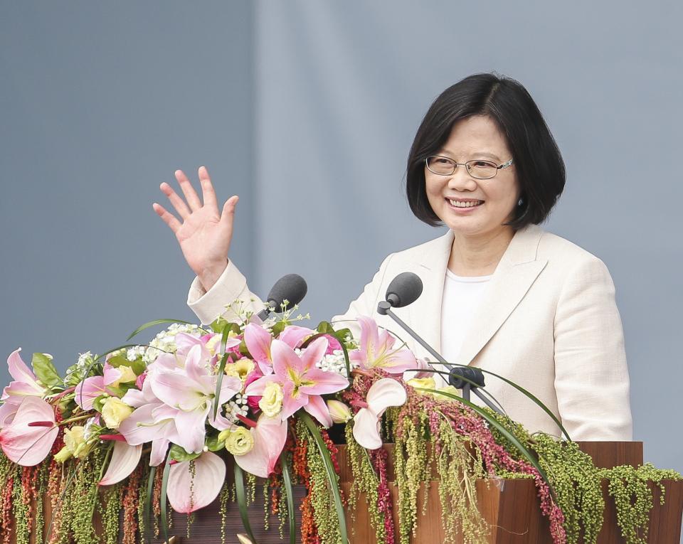 第十四任總統副總統就職典禮上午在總統府前舉行,總統蔡英文發表就職演說時,表示尊重92年形成若干共識的歷史事實。記者楊萬雲/攝影
