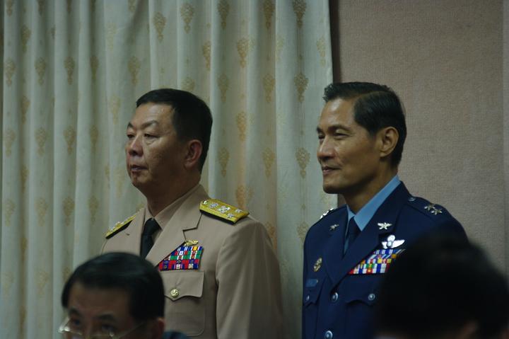 黃曙光(左)。記者程嘉文/攝影