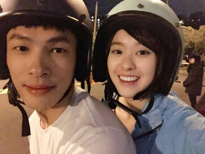 楊永維(左)與邱偲琹合作電影「費洛蒙」。圖/年代提供