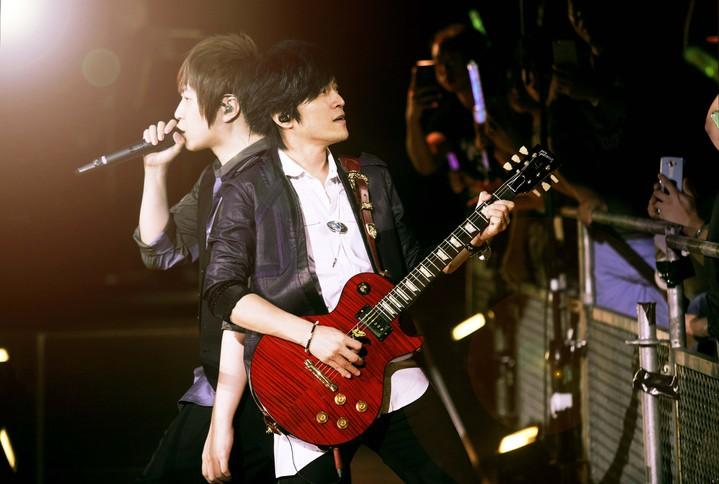 五月天在香港連續舉辦10場演唱會,破自身紀錄。圖/相信音樂提供