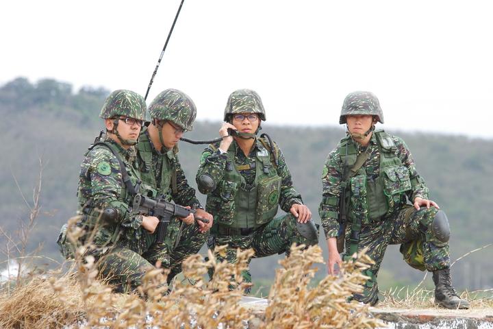 國防部同意,保留陸戰隊特有的虎斑迷彩野戰服,並將花色「數位化」。記者程嘉文/攝影