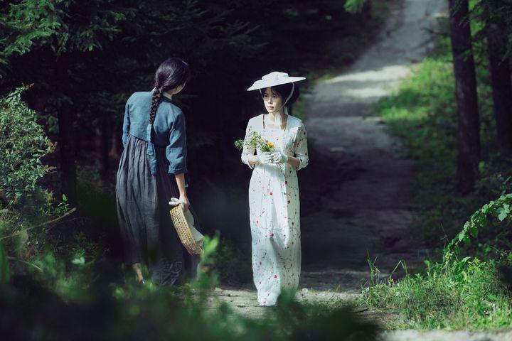 「下女的誘惑」是南韓名導朴贊郁的最新力作。Catchplay提供
