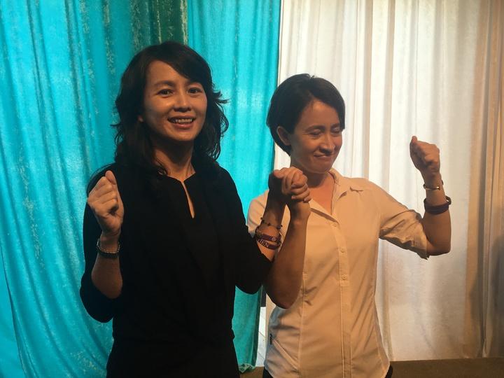 張美慧(左)今天召開記者會發表參選宣言,並由立委蕭美琴(右)擔任主持人。記者徐庭揚/攝影