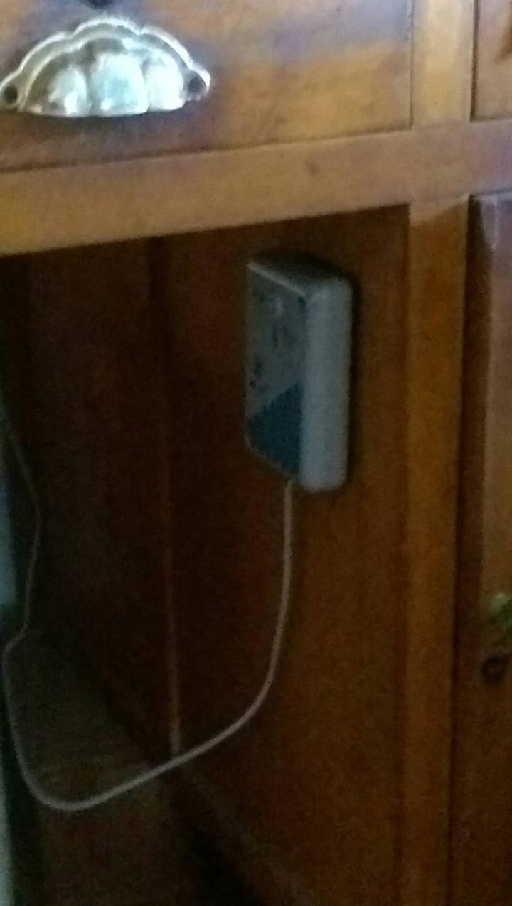 斗南地區近來有不肖人士,佯裝電信維修人員,推銷「電信節費器」,詐騙許多住在郊區的老人家。記者李京昇/攝影