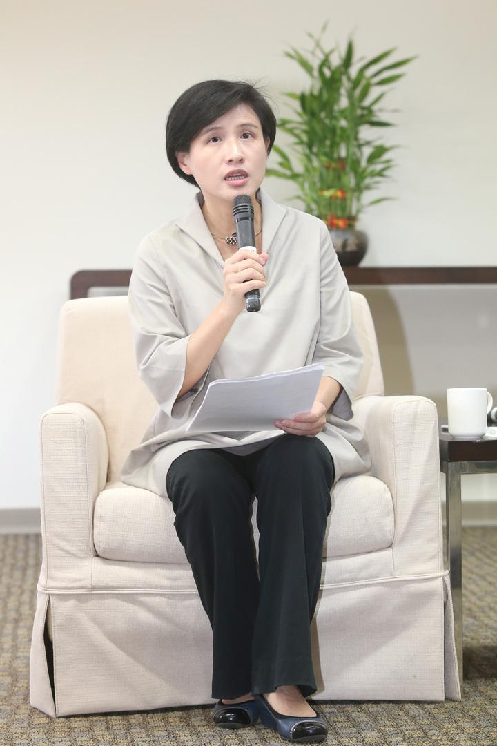 文化部長鄭麗君強調,公視不是政府的電視台,而是全民的電視台。記者鄭清元/攝影