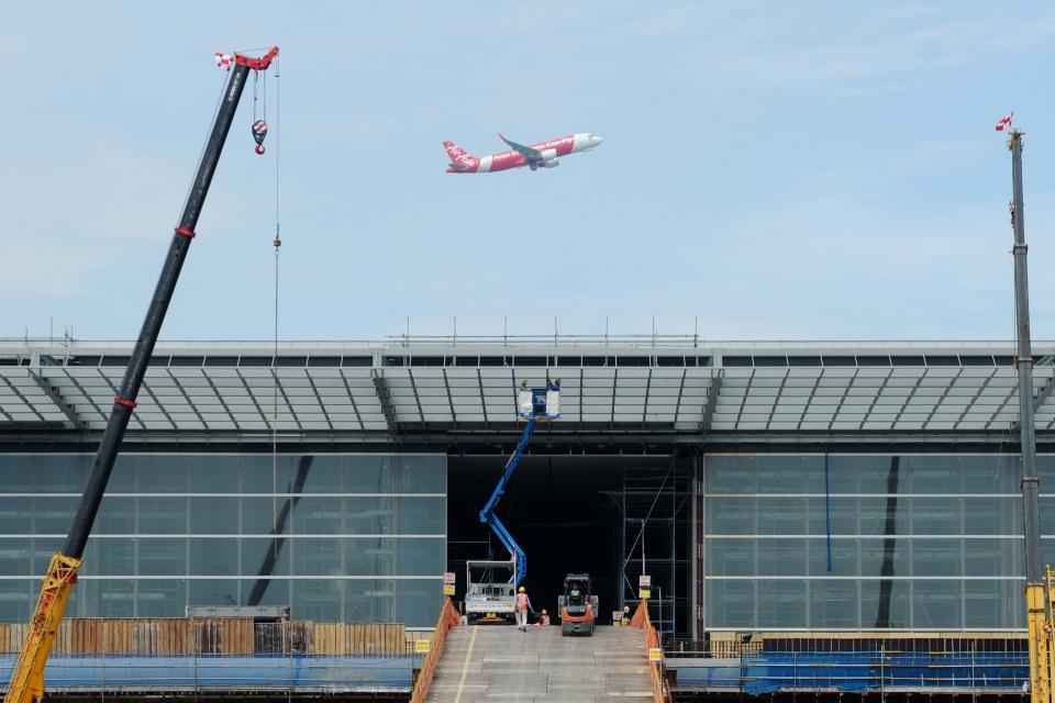 正在興建的新加坡樟宜機場第四航站樓。新華社資料照