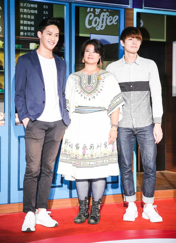 范少勳(左起)、戴若梅、郭子豪出席首映記者會。記者鄭清元/攝影