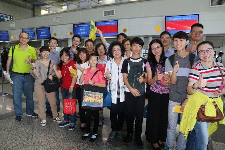 高雄市教育局組「新南向教育訪問團」,帶新住民越南家庭學生代表前進越南交流。記者徐如宜/攝影
