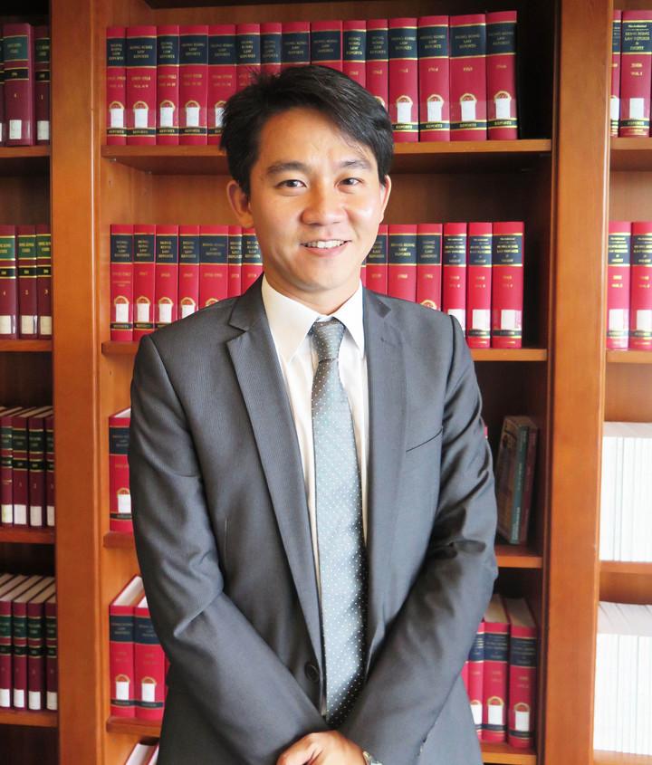 香港中文大學法學院助理教授李治安擁有台大、哈佛、史丹福碩士及史丹福法學博士學位。記者王彩鸝/攝影