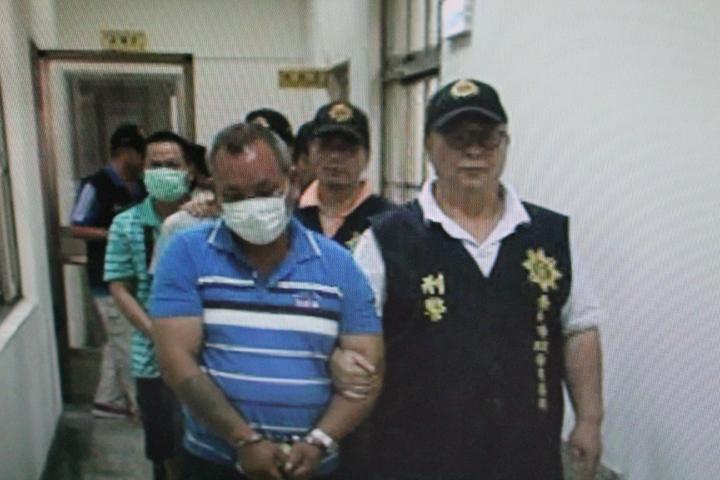 警方逮獲恐嚇取財的歹徒。圖/學甲警分局提供