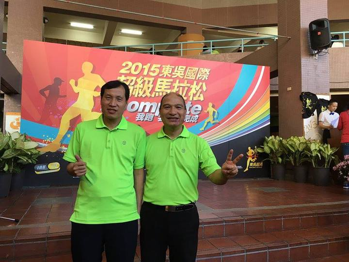 林世斌(右)邀來大學同學蕭泉利擔任行銷總監,兩人在美、台兩地一起打拚。(圖/蕭泉利提供)