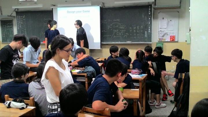 公立高中職導師加給將由新台幣2000元調整為3000元,明年生效。圖/萬芳高中提供