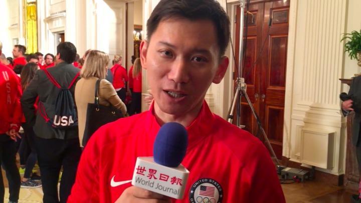 美國奧運射擊代表隊選手37歲石晶(Jay Shi),在白宮接受總統表揚。(記者胡毓玲/攝影)