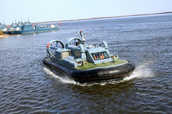 大陸國產新型水陸兩棲邊防氣墊船。(騰訊網)