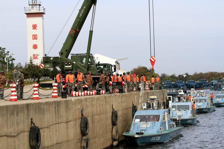 大陸國產新一代邊防巡邏艇氣墊船。(騰訊網)