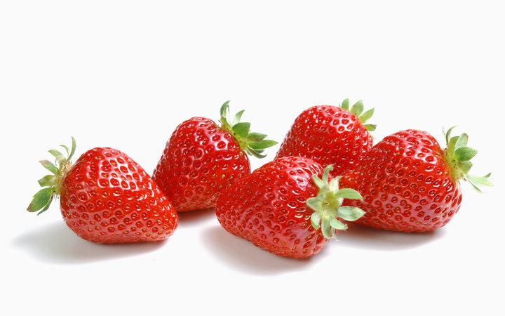 香甜草莓帶點微酸,做成果醬或甜點都適合。圖/君品酒店提供