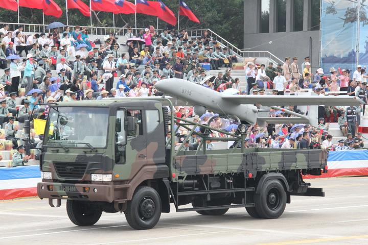中科院將陸軍稱為銳鳶的中翔無人機系統納入海岸監控系統中。記者洪哲政/攝影