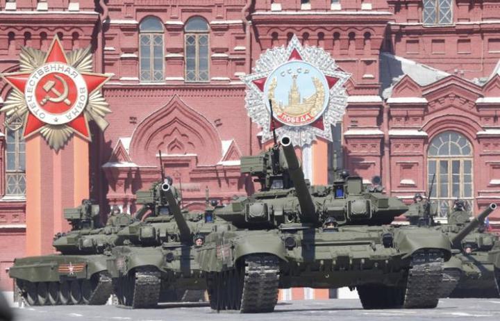 圖為俄國製T-90坦克。路透