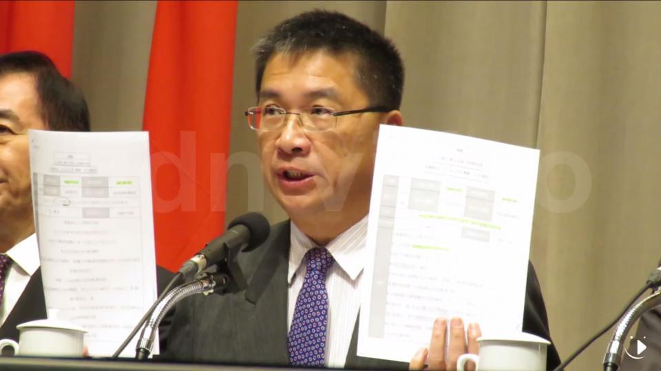 徐國勇強調,他的說詞和華航及華信發布的重大訊息一模一樣。