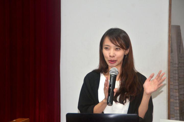 作家言叔夏是東海大學中文系教授,今與南光學子有約,分享創作閱歷。記者邵心杰/攝影