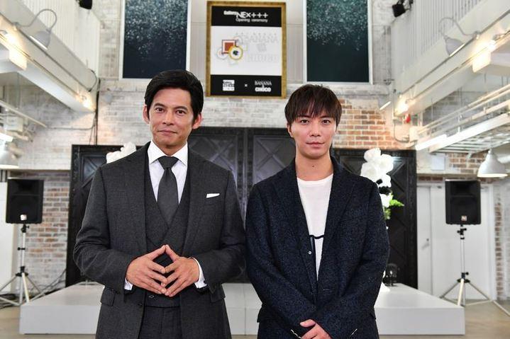成宮寬貴(右)非常開心能和兒時偶像織田裕二合作。圖/翻攝自推特