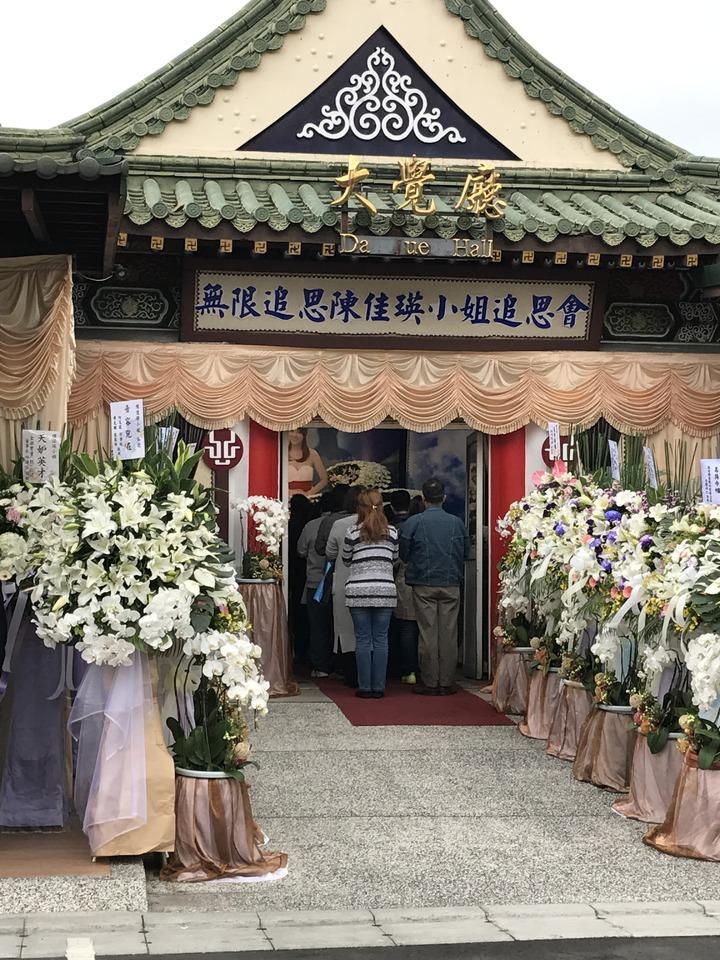 薇薇安告別式在一殯舉辦。記者葉君遠/攝影