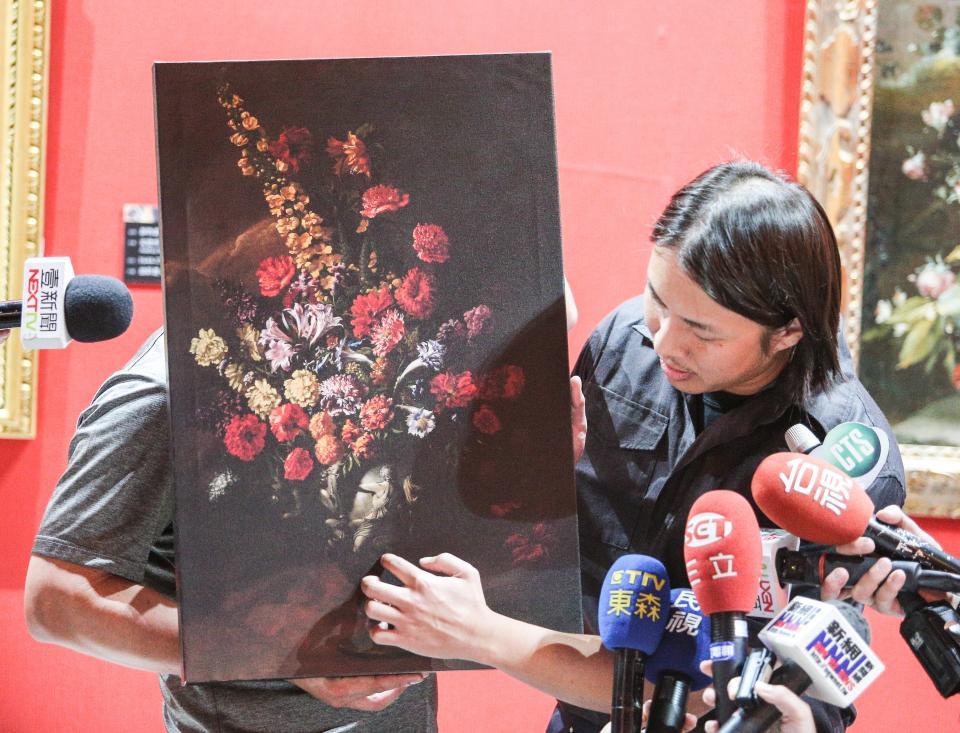 「真相達文西」特展中受損的畫作後來修復完成,卻被發現並不是官方所稱,身價上百萬歐元的波爾波拉作品。記者鄭超文/攝影