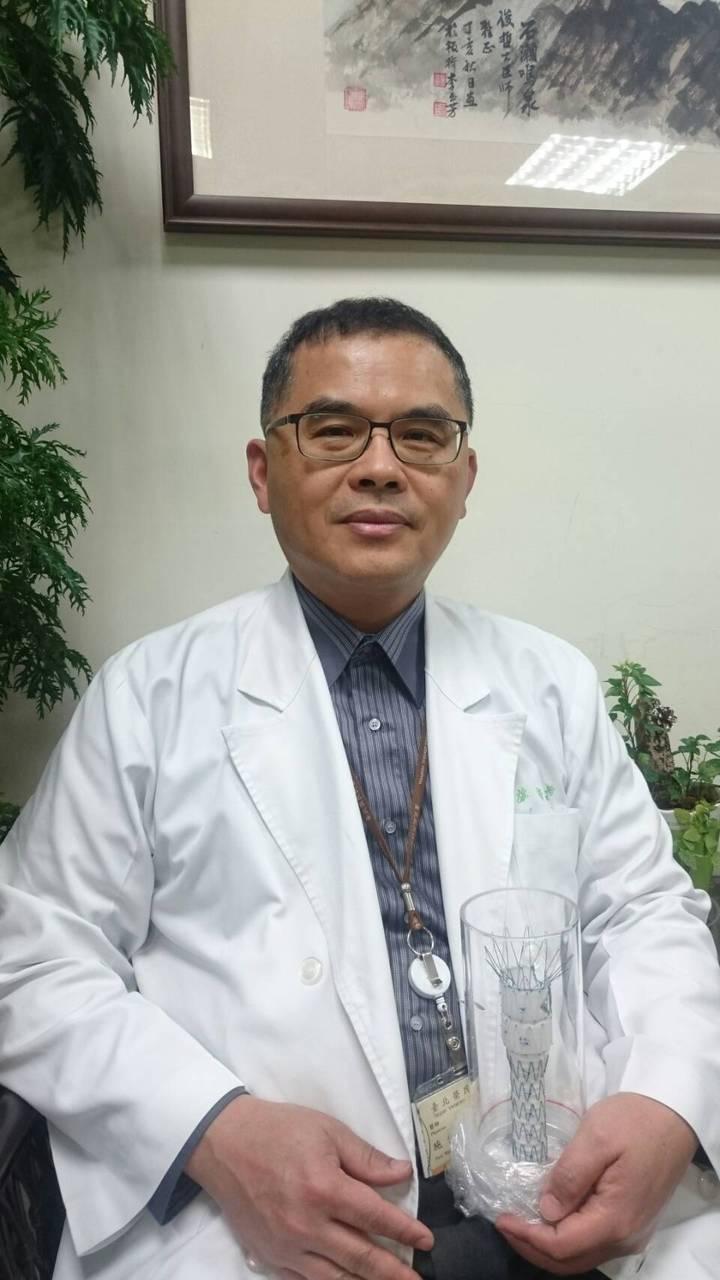台北榮總心臟血管外科主任施俊哲強調,主動脈瘤不是癌,但破裂仍有致命風險。 圖/施俊哲提供