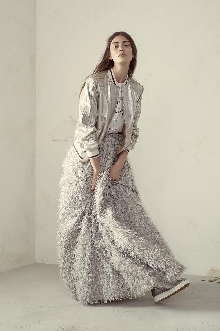 將運動風穿出奢華品味是BRUNELLO CUCINELLI的女裝風格。圖/BRUNELLO CUCINELLI提供