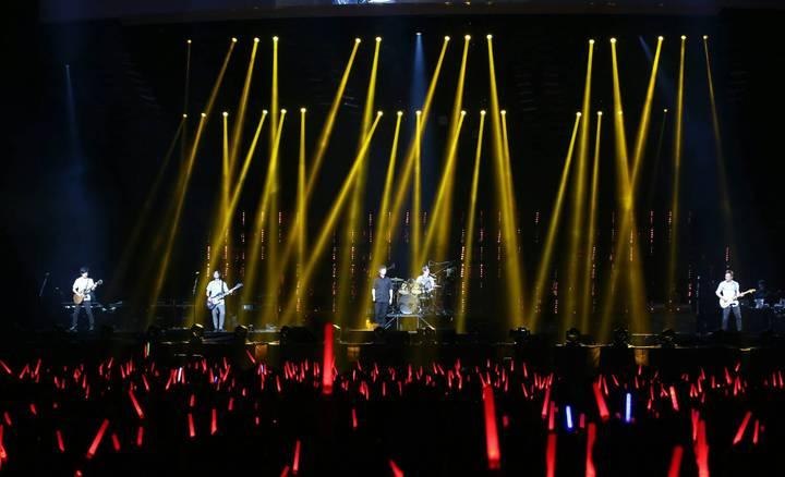 五月天元旦在台北小巨蛋上演復刻系列演唱會最終場。記者陳立凱/攝影