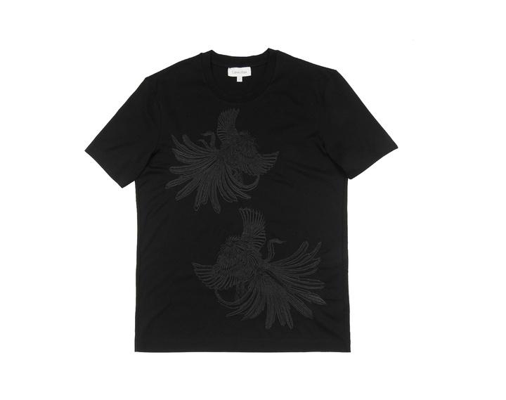 Calvin Klein platinum黑色刺繡公雞圖案上衣,5,990元。圖/Calvin Klein platinum提供