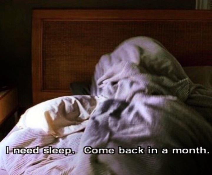 GD昨在IG上傳照片,訴說自己睡眠不足,想睡一個月再回來,讓粉絲憂心。圖/摘自GD IG
