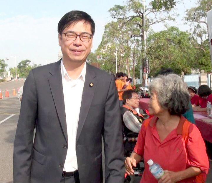 立委陳其邁(左)要爭取民進黨提名競選下一屆高雄市長,他對初選時「黨內團結和諧」的呼籲表示「感同身受」。圖/聯合報資料照片