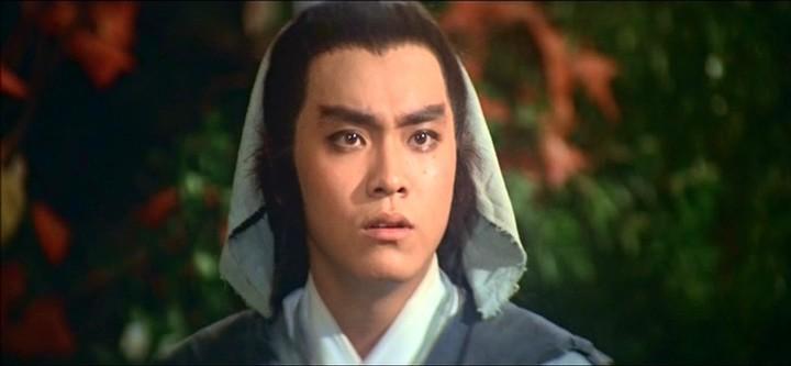 爾冬陞在邵氏電影「倚天屠龍記」演張無忌,全台狂賣。圖/摘自HKMDB