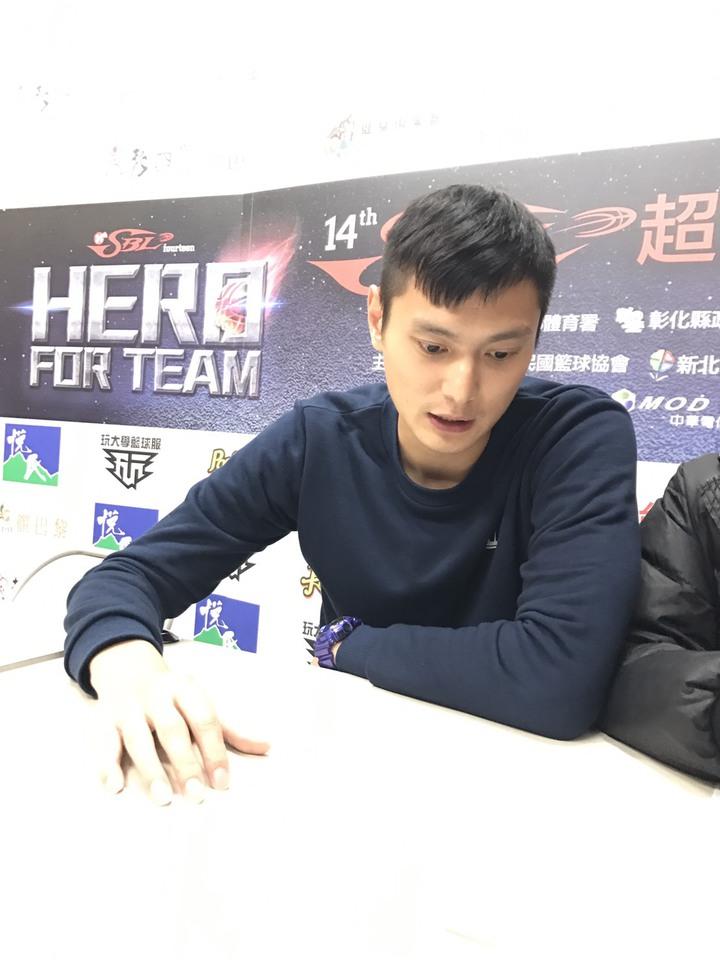 璞園前鋒陳子威宣布於季後退役。記者劉肇育/攝影