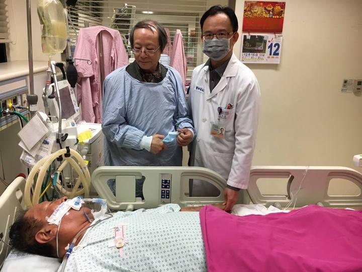汪笨湖過年前在成大醫院住院治療,住院期間也不忘透過臉書「笨湖心聲」中,發表對時事的看法。圖/笨湖心聲提供