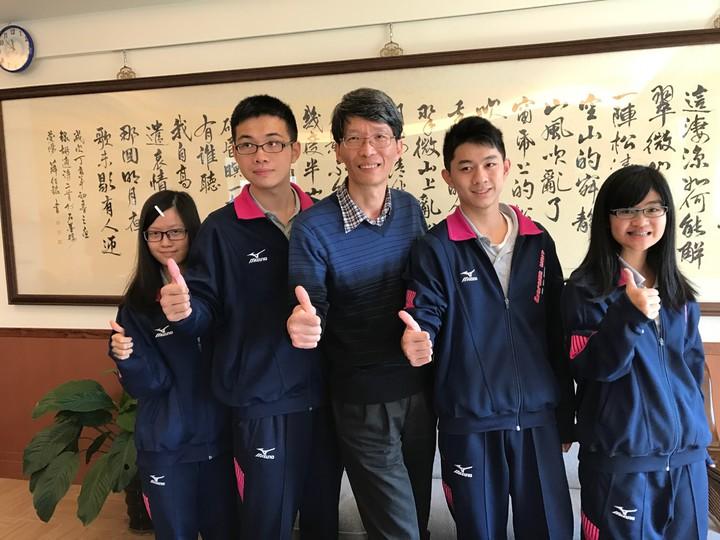 二信中學有4人考70級分以上。記者吳淑君/攝影