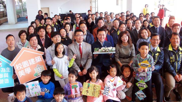 新竹市啟動新校園運動。記者郭宣&#24419/攝影