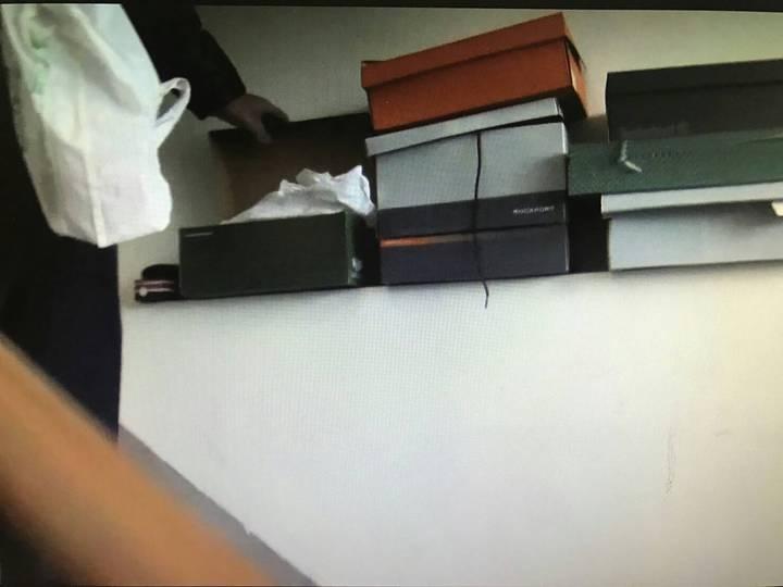 趙男藏放毒品位置巧妙,仍被警方查出。記者廖炳棋/翻攝