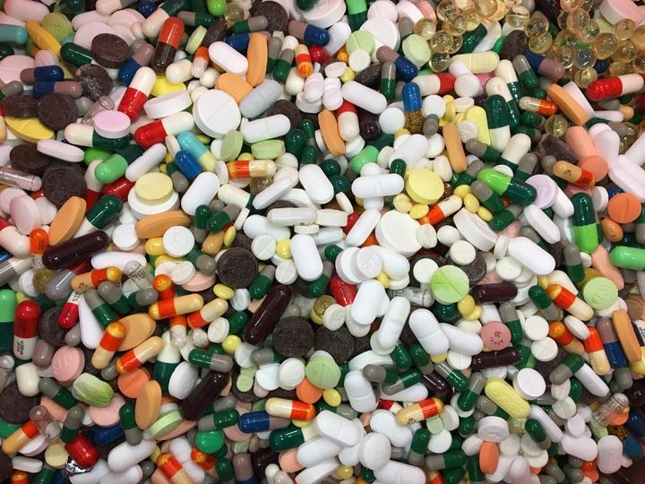 台東垃圾掩埋處理,縣衛生局鼓勵民眾藥品不亂丟,送交醫院、衛生所及藥局回收。照片/台東縣衛生局提供