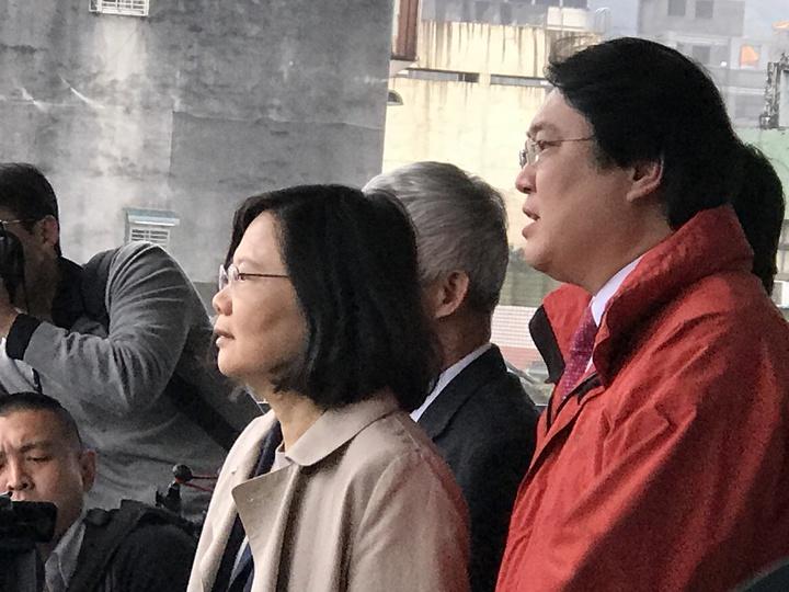 總統蔡英文今天宣布輕軌確定到基隆。記者吳淑君/攝影