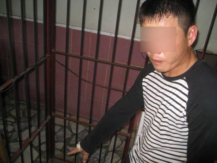余姓男子涉嫌偷神明香油箱錢,被警方查獲。圖/讀者提供