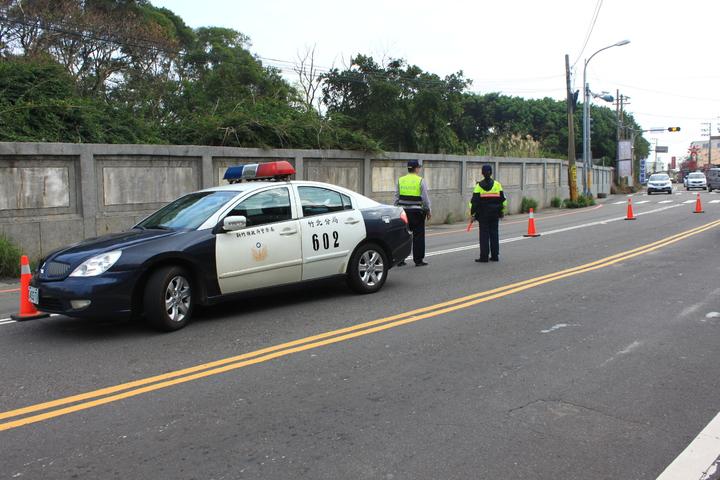 新竹縣警方動員一個月「封街大掃蕩」。記者郭政芬/攝影